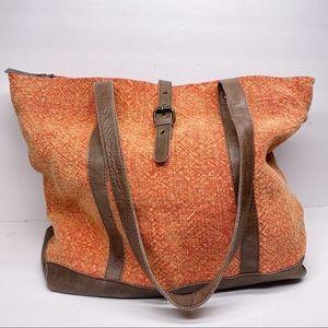 Vintage Addiction Jute Shoulder Bag in Peach